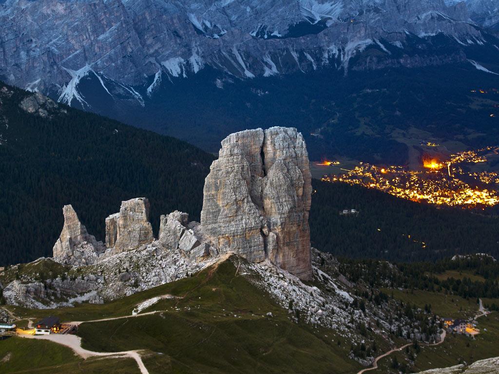 Vittorio Veneto holiday rentals close to Cortina d'Ampezzo and the Dolomites: 5 Torri