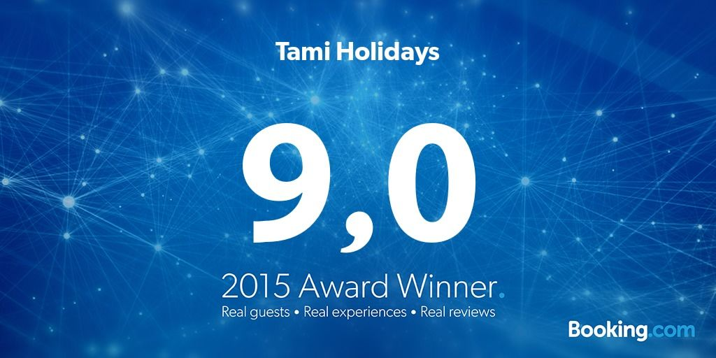 2015 Booking.com Award. Reviews